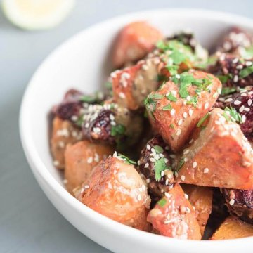 roasted beet and carrot salad with sesame seeds