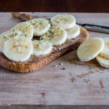 toast with hemp seeds | www.infinebalance.com