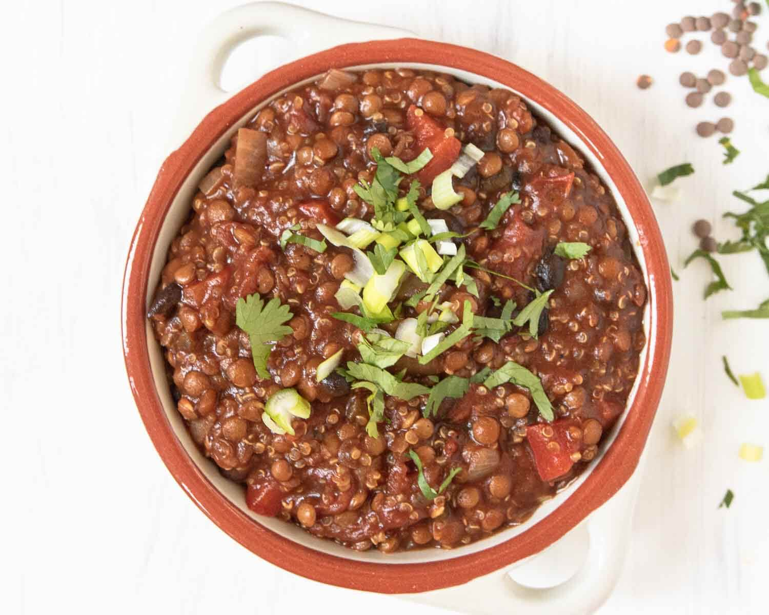 lentil and black bean chili with quinoa