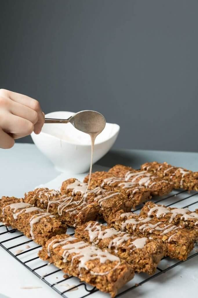 Carrot Cake Breakfast Bars | the infinebalance food blog