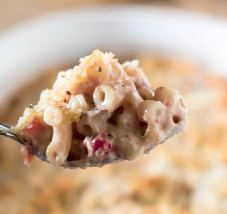 Creamy Tomato Mac & Cheese Bake | www.infinebalance.com #pasta #recipe