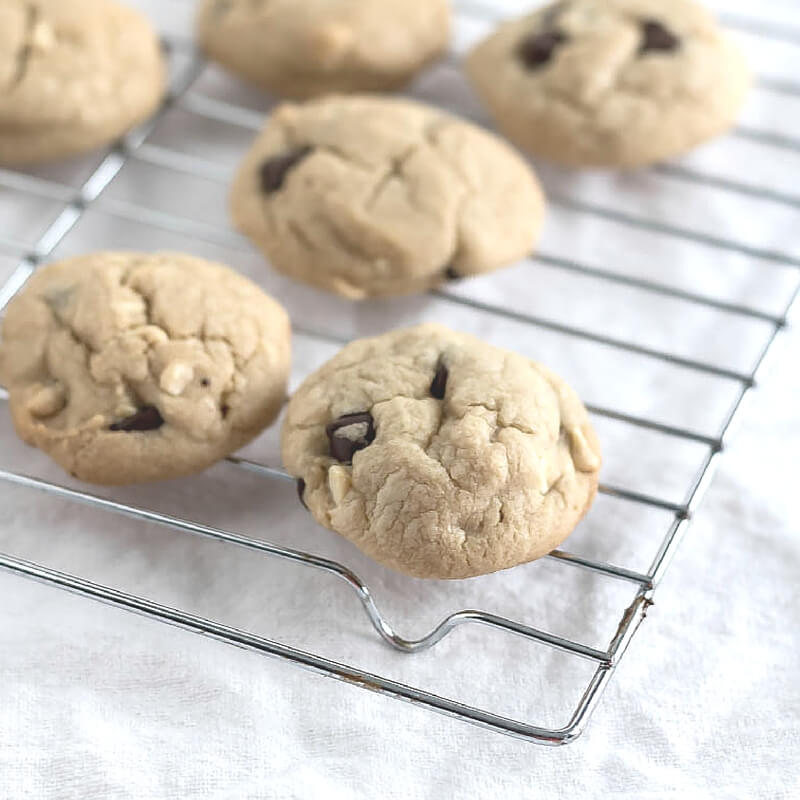 peanut butter chocolate chip cookies on a wire rack