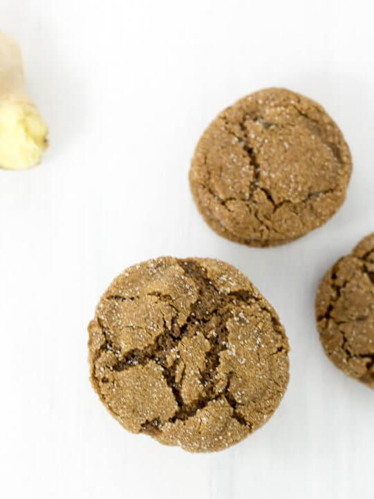 ginger molasses cookies with fresh ginger