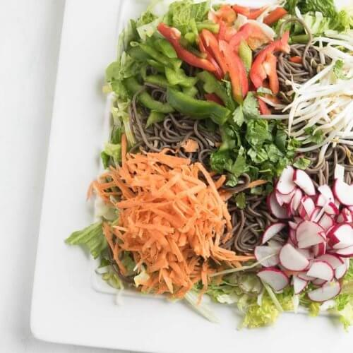 soba noodle salad with peanut sauce