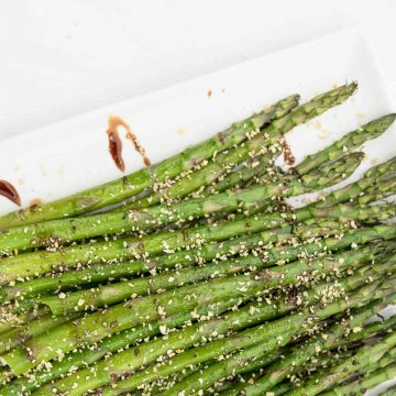 balasamic drizzled roasted asparagus