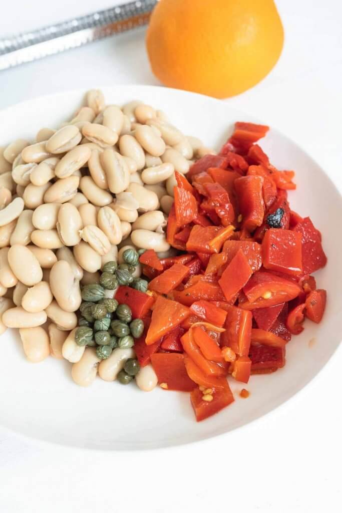 white kidney beans, roasted red peppers and capers for salad